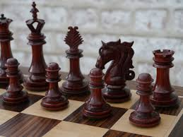 the milan chess set in bud rosewood 0 1278 426100