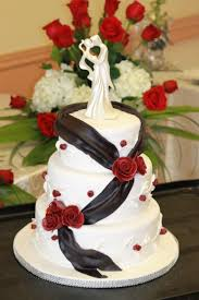 romantic red rose wedding cake with black ribbon diary of a