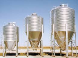 Front Door Storage Bulk Feed Tanks Delivered To Your Front Door Farm Supply Blog