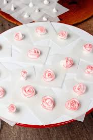 Decorating Icing For Cookies Best 25 Royal Icing Flowers Ideas On Pinterest Icing Flowers