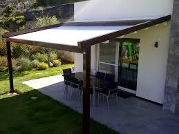pergola avec toile retractable pergola adossée en aluminium couverture coulissante en toile