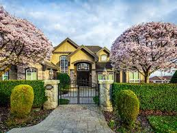 large luxury homes top 3 luxury homes in coquitlam themacnabs