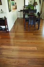 Highland Oak Laminate Flooring Products Archive Page 23 Of 27 Mint Floor Floors Shutters