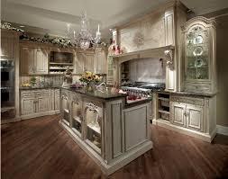 English Country Style Genteel Comfort For Todays Kitchen - Habersham cabinets kitchen