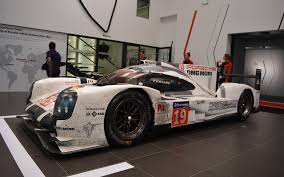 porsche 919 hybrid 2016 porsche u0027s not so secret weapon for le mans the two time winning