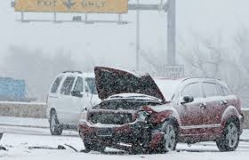 Photos Of Snow Three Reasons You Should Really Clear That Snow Off Your Car Driving