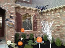 how to make halloween spider decorations