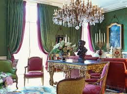 decoration de luxe hôtel dillon le clarence et la cave du château paris décorateur