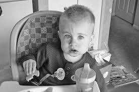 bimbo 13 mesi alimentazione alimentazione bambini 16 24 mesi