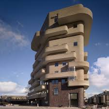 apartment building felix claus