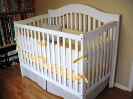 baby yellow nursery bedding ideas