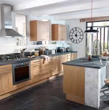 cuisine ardoise et bois cuisine bois beige sol ardoise recherche deco