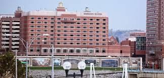 Comfort Suites Newport Ky Downtown Cincinnati Hotels Embassy Suites Cincinnati Rivercenter