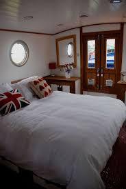 best 25 houseboat decor ideas on pinterest lake decor nautical