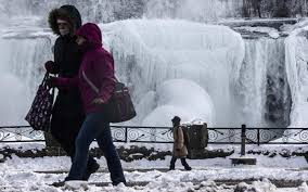 amazing frozen niagara falls pictures march 2014