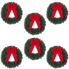 Decorating Artificial Christmas Wreaths by Pre Decorated Christmas Wreaths Christmas Wreaths U0026 Garland