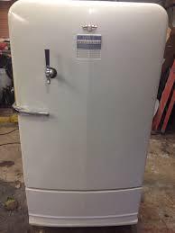 Amado 1949 GM Frigidaire Refrigerator & Kegerator - YouTube @GT76