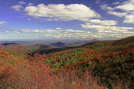 Top 5 reasons to buy a home in the north georgia mountains