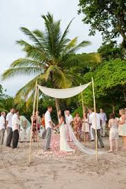 costa rica destination wedding wedding photo display costa rica destination wedding by a brit and