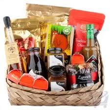 home for christmas basket bigoak baskets u0026 gifts la terra