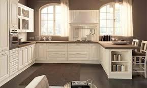 cuisine bois peint décoration cuisine classique en bois peint 73 grenoble