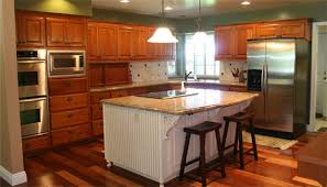 cabinet makers bakersfield ca dreammaker partners with canyon creek cabinets and urners to take on