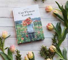 fresh flowers how to make fresh flowers last with erin from floret best of the
