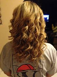 pretty hair styles with wand cute hairstyles for medium length curly hair medium hairstyles