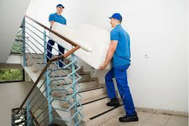 déménager un canapé photos des services de transmeubles à laurent du var