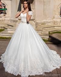 robe de mari e de princesse de luxe acheter 2017 de luxe cap manches sheer dentelle cristal agrémentée