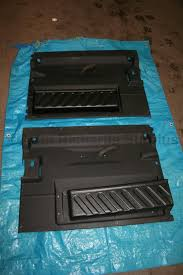 land rover wolf land rover defender wolf door card pair used rrc8056pma rrc8057pma