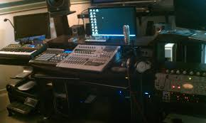 show us your recording setup post your studio pics here page 4