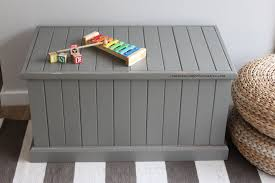 Build A Toy Box Bench by Making Diy Toy Box Can Be As Simple As This Here U0027s How
