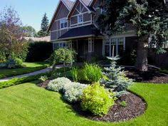 Landscaping Ideas For Front Yards Attractive Driveway Landscaping For A Small Front Yard This Low