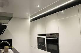 eclairage plafond cuisine led maison en bois en utilisant luminaire plafonnier cuisine led élégant