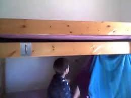 comment faire une cabane dans sa chambre gabriel montre comment fair des cabane dans ca chambre