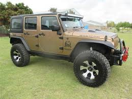 gold jeep wrangler 2015 jeep wrangler unlimited 3 6 rubicon at gold with 38900km