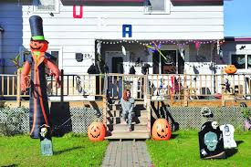 local homeowners get ready for halloween news sports jobs