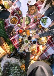 Thanksgiving Picnic Ideas How To Host A Friendsgiving Broma Bakery