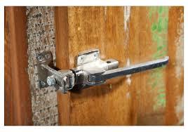 Wohnzimmerschrank Altholz Schrank Echt Altholz Bunt Lackiert Mit Kühlschrankgriffen Woody 11