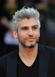 hairstyles for men in their twenties with grey hair is it odd to have no grey hair at age 33 for a man quora