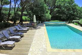 villas with child friendly pools in the south of france