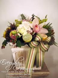 christmas floral arrangements christmas flower arrangements enjoyed by a flower stalker