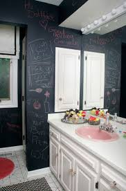 Black And White Bathroom Decor by Best 25 Teen Bathroom Decor Ideas On Pinterest Teen Bathroom