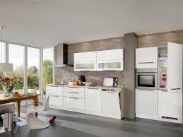 cuisine blanche mur cuisine avec mur en brique idee salon mur en brique