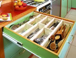 rangement couverts tiroir cuisine fabriquer des compartiments dans un tiroir