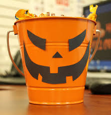 simple office desk halloween decoration idea jam blog