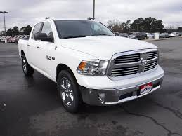 dodge jeep white 2017 new ram 1500 17 ram ram 1500 2wd crew cab 5 u00277 u0027 bo at landers