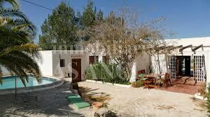 Haus Mit Wohnungen Kaufen Bungalow In Benimussa Ibiza Kaufen Ref 355