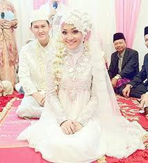 wedding dress muslimah simple best 25 muslim wedding dresses ideas on muslim gown